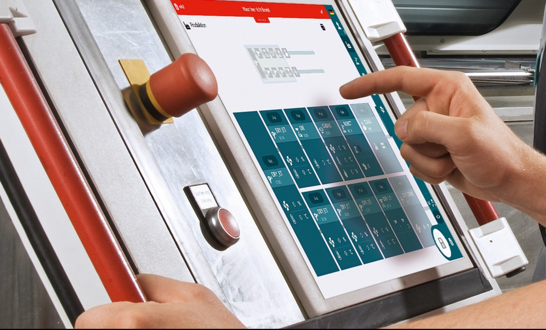 Touch Panel Lackieranlage